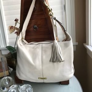 62accdccfab Coach Bags   Sale Authentic Avery Leather Hobo   Poshmark